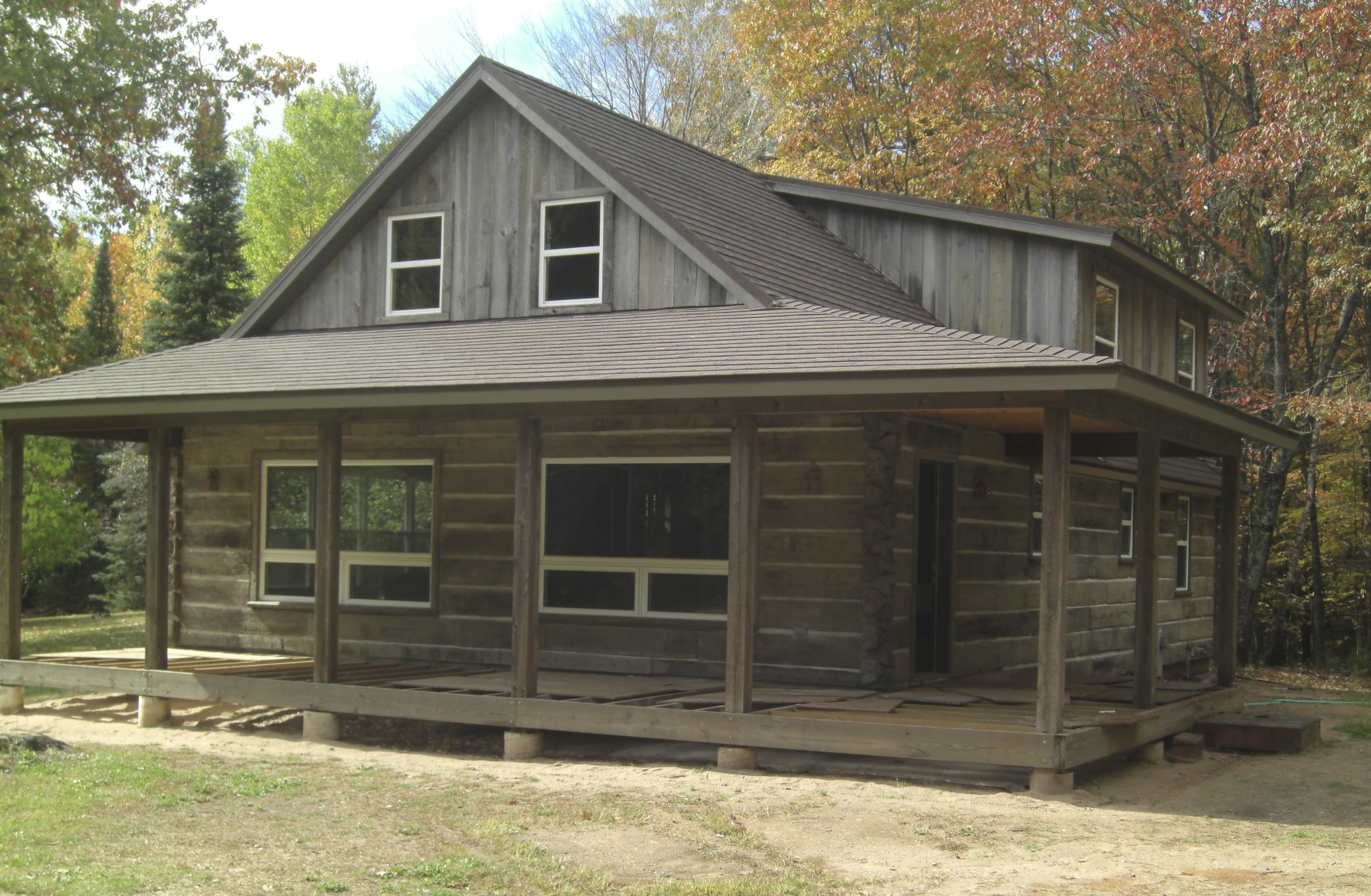 Projects old kentucky logs concrete log siding for Log siding for houses